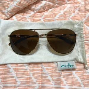 Women's Oakley polarized sunglasses